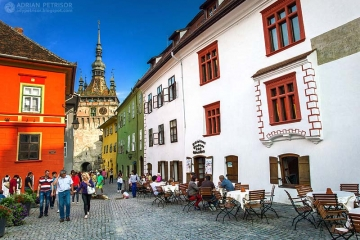 Sighisoara - very well preserved medieval town. Credits adrianpetrisor.ro