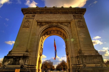 The Arch of Triumph, Bucharest. Photo by Gaspar Serrano, www.flickr.com/gaspars